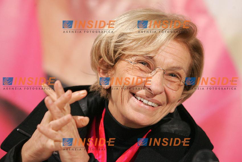 EMMA BONINO<br /> Roma 15/03/2010 Emma Bonino presenta il suo programma elettorale per le elezioni regionali 2010.<br /> Emma Bonino presents her program for the Regional elections 2010.<br /> Photo Samantha Zucchi Insidefoto