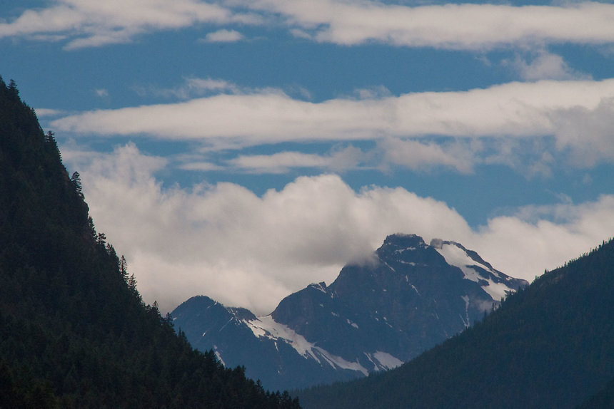 Serrated Peaks, Ross Lake National Recreation Area, North Cascades National Park, US