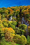 Dolina rzeki Prądnik na obszarze Ojcowskiego Parku Narodowego, Polska<br /> Valley of Prądnik River in the area of Ojcowski National Park, Poland