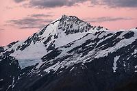 Dawn over Mt. Aspiring, Tititea, Mt. Aspiring National Park, UNESCO World Heritage Area, Central Otago, New Zealand, NZ
