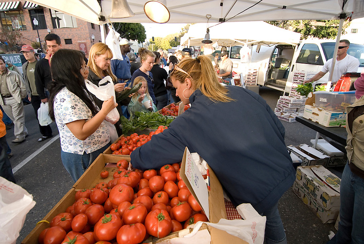 California, San Luis Obispo County: Thursday night festivities in the town of San Luis Obispo, with barbecue and a Farmers' Market..Photo caluis148-71151. .Photo copyright Lee Foster, www.fostertravel.com, 510-549-2202, lee@fostertravel.com