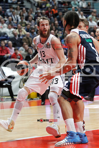 Basket Real Madrid´s Rodriguez during Euroleague Basketball match in Palacio de los Deportes stadium in Madrid, Spain. January 15, 2014. (ALTERPHOTOS/Victor Blanco)
