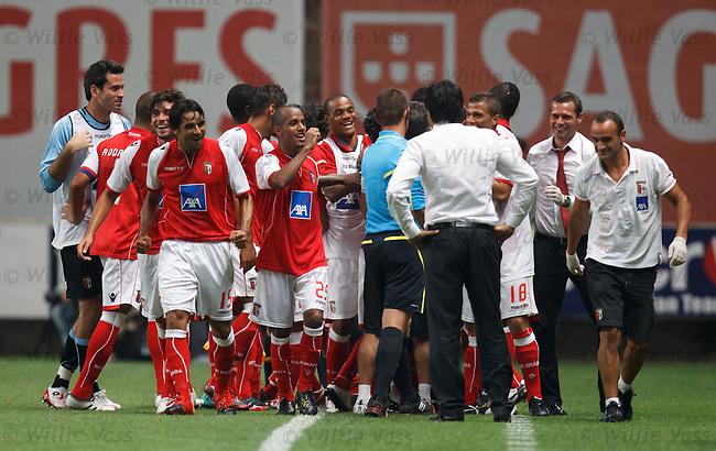 Braga celebrate after goal no 3