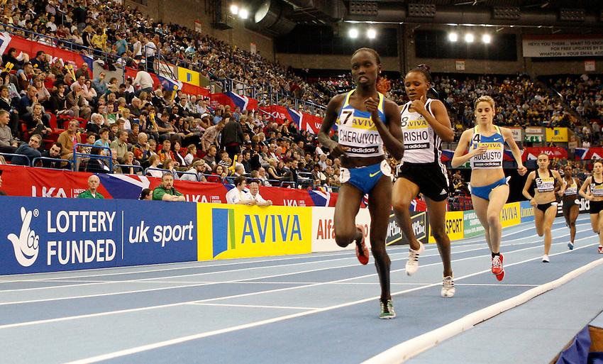 Photo: Richard Lane/Richard Lane Photography..Aviva Grand Prix. 21/02/2009. Kenya's Vivian Cheruiyot on her way to winning the women's 3000m.
