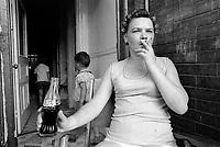 FILE - Serie sur les quartier pauvres de Montreal, le 30 juillet 1974 <br /> <br /> Une de ces photos exposÈe lors de Corridart en 1976 aurait irrite le Maire Drapeau qui a ordonner le demantelement de l'exposition<br /> <br /> Photo : Alain Renaud - Agence Quebec Presse