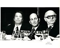 Charles Bronfman et le maire Jean Drapeau<br /> , date inconnue, probalement fin des années 70.<br /> <br /> PHOTO : Agence Quebec Presse