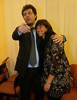 Matteo Brambilla candidato sindaco di Napoli del movimento 5 stelle si presenta alla stampa nella foto con la moglie Teresa Musto