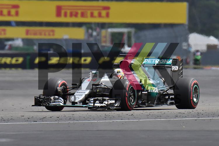 Nr.44 Lewis Hamilton im MERCEDES bei der Formel 1 auf dem Hockenheimring.<br /> <br /> Foto &copy; PIX-Sportfotos *** Foto ist honorarpflichtig! *** Auf Anfrage in hoeherer Qualitaet/Aufloesung. Belegexemplar erbeten. Veroeffentlichung ausschliesslich fuer journalistisch-publizistische Zwecke. For editorial use only.