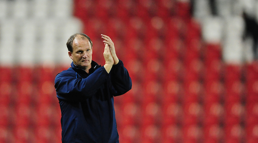 Preston North End manager Simon Grayson applauds the fans at the end of the game<br /> <br /> Photographer Chris Vaughan/CameraSport<br /> <br /> Football - The Football League Sky Bet Championship - Rotherham United v Preston North End - Tuesday 18th August 2015 - New York Stadium - Rotherham<br /> <br /> &copy; CameraSport - 43 Linden Ave. Countesthorpe. Leicester. England. LE8 5PG - Tel: +44 (0) 116 277 4147 - admin@camerasport.com - www.camerasport.com