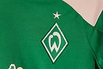 Werder Bremen präsentiert neue Trikotserie nach Ausrüsterwechsel von Hersteller umbro