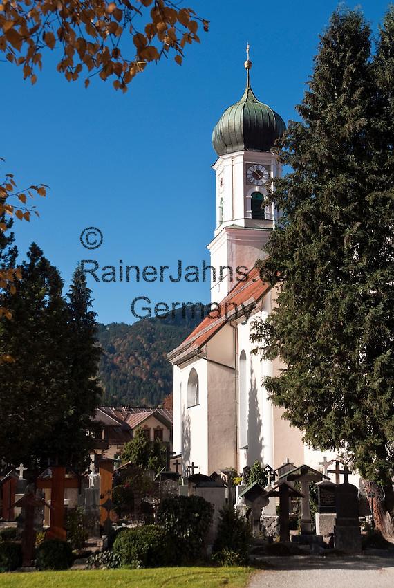 Germany, Upper Bavaria, Oberammergau: parish church St. Peter and Paul | Deutschland, Bayern, Oberbayern, Oberammergau: Pfarrkirche St. Peter und Paul