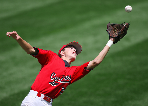 Alta second baseman Jaden Holten can't make the catch in shallow right field against Mason City Newman in the Class 1A semifinal round of the state baseball tournament at Principal Park in Des Moines.