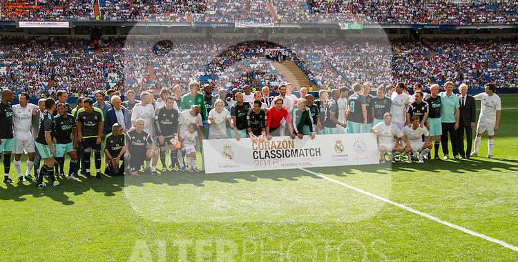 All players during the Corazon Classic Match 2016 at Estadio Santiago Bernabeu between Real Madrid Legends and Ajax Legends. Jun 5,2016. (ALTERPHOTOS/Rodrigo Jimenez)