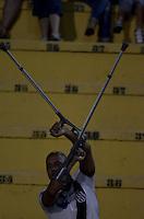 SÃO PAULO, SP, 04.12.2013 - COPA SUL-AMERICANA - FINAL - PONTE PRETA x LANÚS: Torcida durante Ponte Preta x Lanús, partida válida pela Final da Copa Sul-Americana, disputada no estádio do Pacaembu em São Paulo. Foto: Levi Bianco - Brazil Photo Press