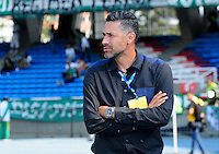 CALI -COLOMBIA-18-02-2017: Mario Alberto Yepes, técnico del Deportivo Cali, gesticula durante el encuentro con Cortulúa por la fecha 4 de la Liga Aguila I 2017 jugado en el estadio Pascual Guerrero de la ciudad de Cali. / Mario Alberto Yepes, coach of Deportivo Cali, gestures during match with Cortulua for the date 4 of the Aguila League I 2017 played at Pascual Guerrero stadium in Cali city.  Photo: VizzorImage/ NR /Cont