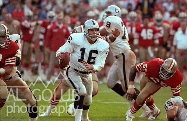 San Francisco 49ers vs. Los Angles Raiders at Candlestick Park Saturday, August 4, 1984..Pre-season Game. .Los Angles Raiders Quarterback Jim Plunkett (16)...