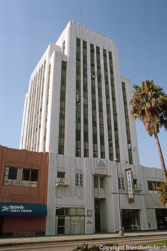 Los Angeles: Dominquez- Wilshire Blvd. Morgan, Walls & Clements, 1930.  Photo '82.