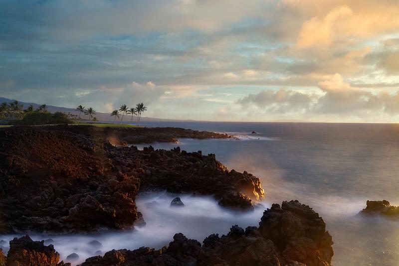 Sunset on coast at  the Hilton Waikoloa Beach Golf Resort. Hawaii, The Big Island