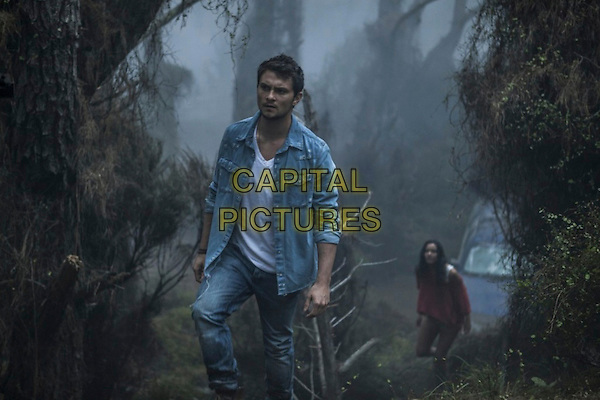 Jessica Lucas, Shiloh Fernandez.in Evil Dead (2013) .*Filmstill - Editorial Use Only*.CAP/NFS.Supplied by Capital Pictures.