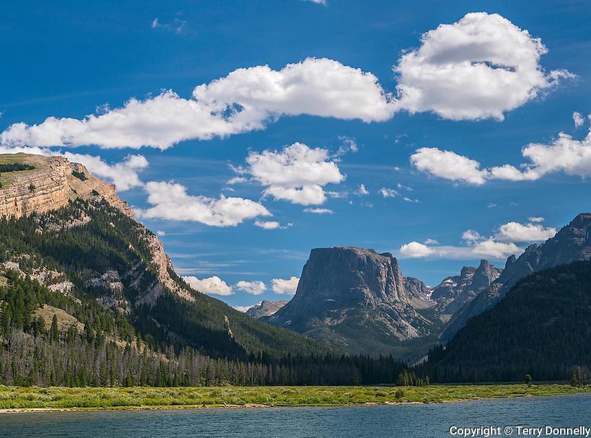 Bridger-Teton National Forest, Wyoming:<br /> Flat Top Mountain, Wind River Range at Green River Lakes