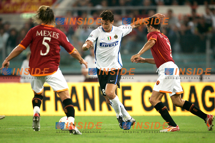 Roma 20/9/2006 <br /> Campionato Italiano Serie A Roma Inter 0-1<br /> Photo Andrea Staccioli INSIDE / www.insidefoto.com <br /> FC Inter Zlatan Ibrahimovic between AS Roma Philippe Mexes and Christian Panucci