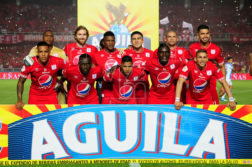 CALI - COLOMBIA, 10- 02-2019: Los jugadores de América de Cali posan para una foto, antes de partido entre América de Cali y Atlético Junior, de la fecha 4 por la Liga Águila I 2019 jugado en el estadio Pascual Guerrero de la ciudad de Cali. / The players of America de Cali pose for a photo, prior a match between America de Cali and Atletico Junior, of the 4th date for the Liga Águila I 2019 at the Pascual Guerrero stadium in Cali city. Photo: VizzorImage / Nelson Ríos / Cont.