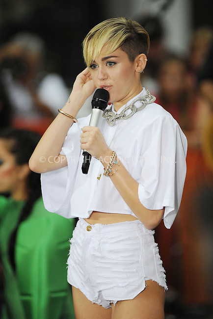 WWW.ACEPIXS.COM . . . . . <br /> October 07, 2013...New York City<br /> <br /> Miley Cyrus performing on NBC's 'Today' at Rockefeller Center on October 07, 2013 in New York City.<br /> <br /> Please byline: Kristin Callahan<br /> <br /> ACEPIXS.COM....Ace Pictures, Inc.<br /> tel: (212) 243 8787 or (646) 769 0430<br /> e-mail: info@acepixs.com<br /> web: http://www.acepixs.com