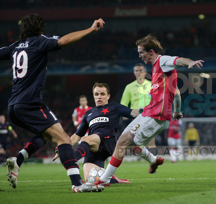 Arsenal's Alexander Hleb scoring his second goal