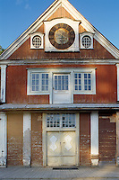 Until 1918 a clock, by Philip Metzke, was mounted on the pediment at the front of the house and chimed on the hour, every hour