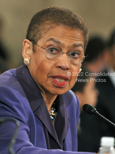 Washington, DC - January 15, 2009 -- Delegate Eleanor Holmes-Norton (Democrat of the District of Columbia) introduces Eric Holder to testify before the United States Senate Judiciary Committee confirmation hearing on his nomination as Attorney General in Washington, D.C. on Thursday, January 15, 2009..Credit: Ron Sachs / CNP.
