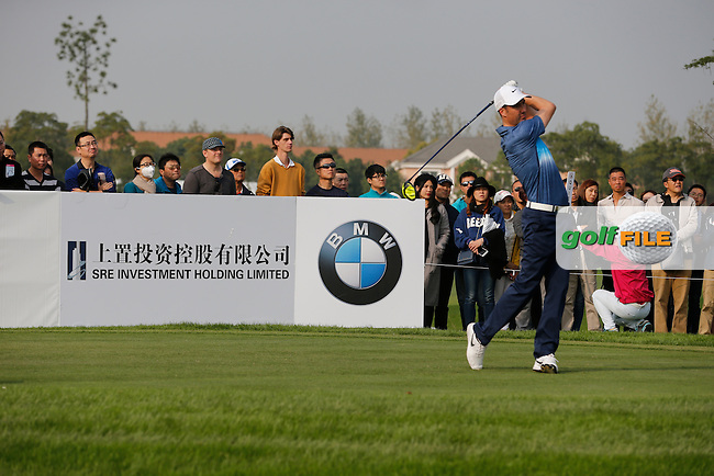 Ross Fisher (ENG) during the final round of the BMW Masters, Lake Malarian Golf Club, Boshan, Shanghai, China.  15/11/2015.<br /> Picture: Golffile | Fran Caffrey<br /> <br /> <br /> All photo usage must carry mandatory copyright credit (&copy; Golffile | Fran Caffrey)