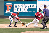 July 6, 2008: Everett AquaSox second baseman Luis Nunez lays out his mitt to receive a throw from catcher Fleming Baez while Brendan Duffy of the Yakima Bears slides on a steal attempt.  Duffy was safe on the play.