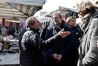 Roma, 11 Febbraio 2016<br /> Tour in periferia di Roberto Giachetti, candidato Sindaco di Roma per il PD<br /> A Tor Bella Monaca, municipio VI Roma delle Torri.<br /> Giachetti incontra i cittadini al mercato di Via Quaglia.