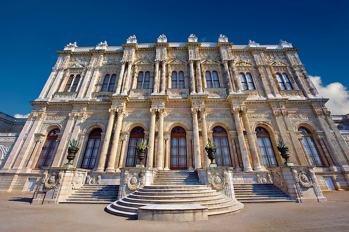 The Ottoman style eceletic mix of Baroque & neo-Classical style Architecture of the gate of the Dolmabahçe (Dolmabahce)  Palace, built by Sultan, Abdülmecid I between 1843 and 1856. Istanbul Turkey