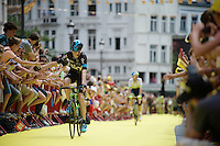 Chris Froome (GBR/SKY) saluting the many fans on his way from the start podium<br /> <br /> stage 3: Antwerpen (BEL) - Huy (BEL)<br /> 2015 Tour de France