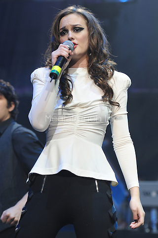 SUNRISE, FL - DECEMBER 12 : Leighton Meester performs at the Y-100 Jingle ball held at the Bank Atlantic center on December 12, 2009 in Fort Lauderdale Florida. Credit: mpi04/MediaPunch