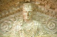 SIRIA - sito di Palmira(Tadmor)  Museo Antichità scultura tipica palmiriana