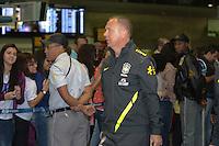 RIO DE JANEIRO, RJ, 16 JULHO 2012 - EMBARQUE SELECAO BRASILEIRA OLIMPICA - Mano Menezes da Selecao Brasileira Olimpica de Futebol, durante embarque para Londres, onde disputara as olimpiadas, no Galeao, Aeroporto Internacional do Rio de Janeiro, na Ilha do Governador no Rio de Janeiro, nesta segunda-feira, 16. (FOTO: MARCELO FONSECA / BRAZIL PHOTO PRESS).