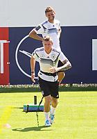 Toni Kroos (Deutschland Germany), Thomas Mueller (Deutschland Germany) - 05.06.2018: Training der Deutschen Nationalmannschaft zur WM-Vorbereitung in der Sportzone Rungg in Eppan/Südtirol