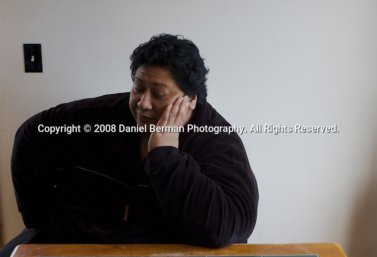 """Deb Manuma lost her rented home to foreclosure when her landlord did not pay the mortgage. Manuma has made tenant's rights a """"personal cause."""" Manuma poses for a portrait in her Skyway home south of Seattle January 6, 2008."""