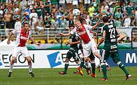 S&Atilde;O PAULO,SP, 14 JANEIRO 2011 - AMISTOSO PALMEIRAS X AJAX (HOL)<br /> Klaassen (c) jogador do Ajax durante  partida entre as equipes do Palmeiras X Ajax (hol) realizada no  Est&aacute;dio Paulo Machado de Carvalho (Pacaembu) na zona oeste de S&atilde;o Paulo, neste Sabado (14). (FOTO: ALE VIANNA - NEWS FREE).