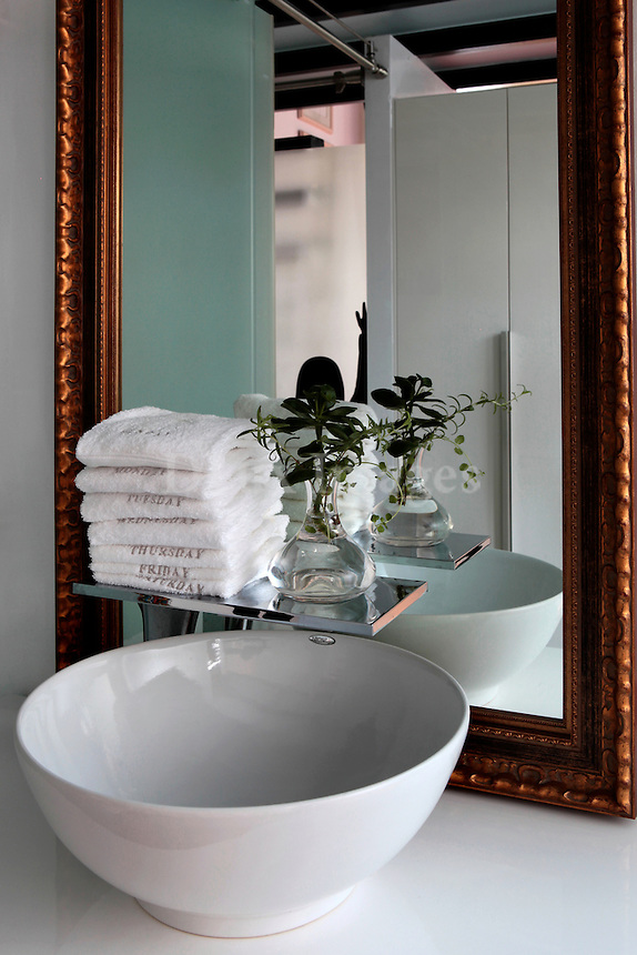 art deco mirror and wash basin