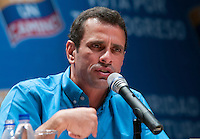 Venezuela: Caracas,01/10/11 .opposition candidate Henrique Capriles, answers questions from reporters during a conference with the foreign press in Caracas, in the last week of election campaign for Venezuela's presidential election next October 7.Carlos Hernandez/Archivolatino