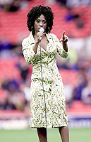 Picture by Shaun Flannery\SWpix.com - 25/11/00 - Rugby League World Cup Final 2000 - Australia v New Zealand, Old Trafford, Manchester, England - Heather Small.