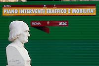 gennaio 2008, Roma, il Pincio Il Pincio, il busto di Raimondo Montecuccoli, politico e militare ©Claudio Vitale