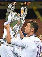 FUSSBALL  CHAMPIONS LEAGUE  FINALE  SAISON 2015/2016   Real Madrid - Atletico Madrid                   28.05.2016 Cristiano Ronaldo (Real Madrid) jubelt mit dem Pokal