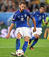 FUSSBALL EURO 2016 VIERTELFINALE IN BORDEAUX Deutschland - Italien      02.07.2016 Leonardo Bonucci (Italien) verwandelt seinen Elfmeter zum 1:1