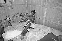 - Mozambique 1993, Maputo, barrio Xipamanine, prostitute <br /> <br /> - Mozambico 1993, Maputo, barrio Xipamanine, prostituta