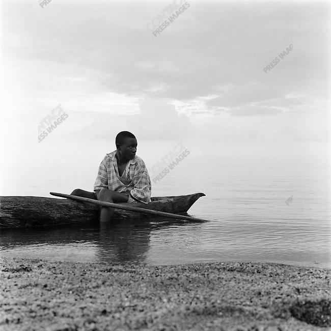 Fishing on Lake Kivu, western Rwanda, 2002