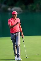 Tony Finau (USA) on the 18th green during the 3rd round at the WGC HSBC Champions 2018, Sheshan Golf CLub, Shanghai, China. 27/10/2018.<br /> Picture Fran Caffrey / Golffile.ie<br /> <br /> All photo usage must carry mandatory copyright credit (&copy; Golffile | Fran Caffrey)